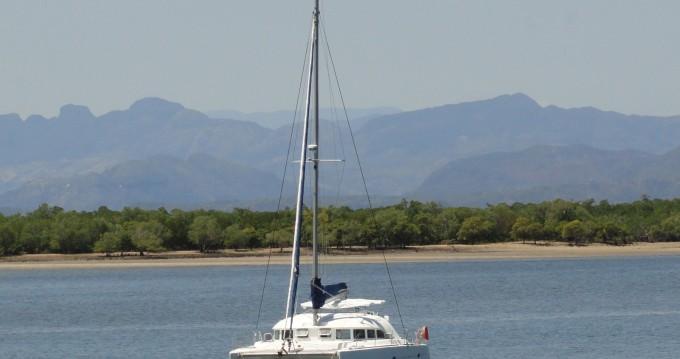 Huur Catamaran met of zonder schipper Lagoon in Madirokely