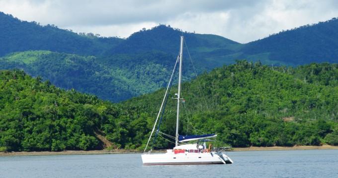 Lagoon Lagoon 380 te huur van particulier of professional in Madirokely