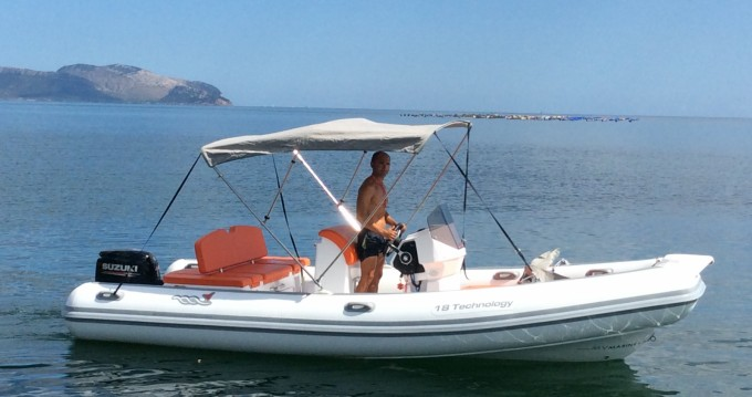 Verhuur Rubberboot in Olbia - Motonautica-Vesuviana 18 technology
