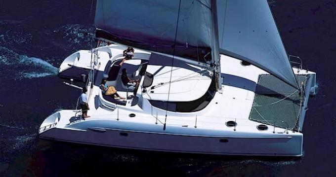 Verhuur Catamaran in Sliema - Fountaine Pajot Lavezzi 40