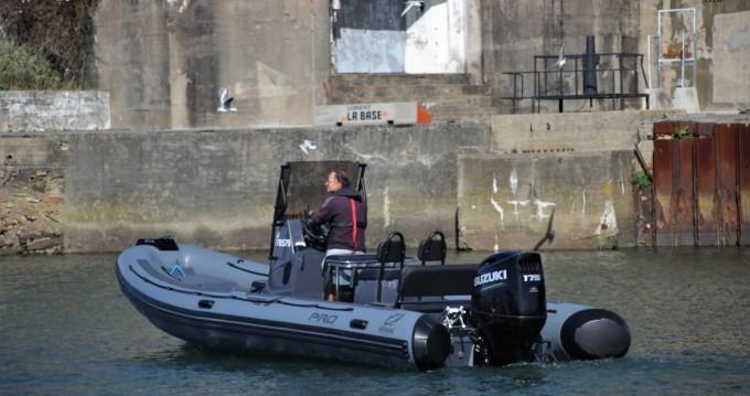 Huur Rubberboot met of zonder schipper Zodiac in Port-Louis