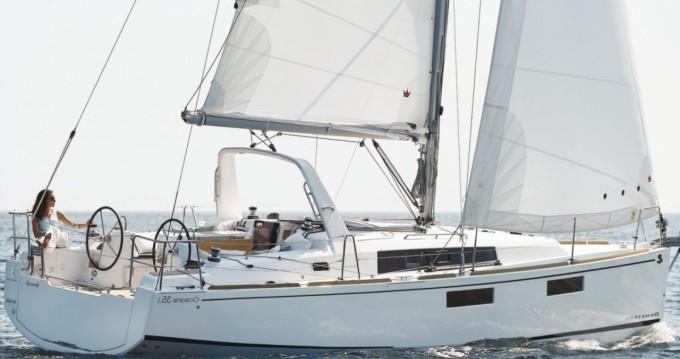 Verhuur Zeilboot in La Rochelle - Bénéteau Oceanis 35.1