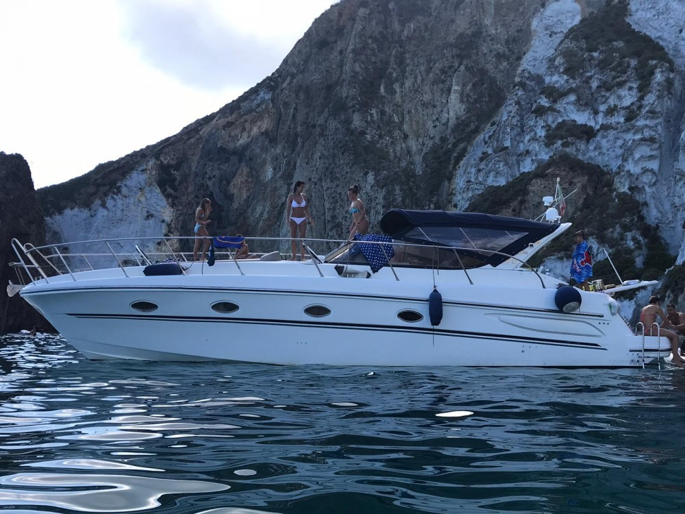 Verhuur Motorboot Mira met vaarbewijs