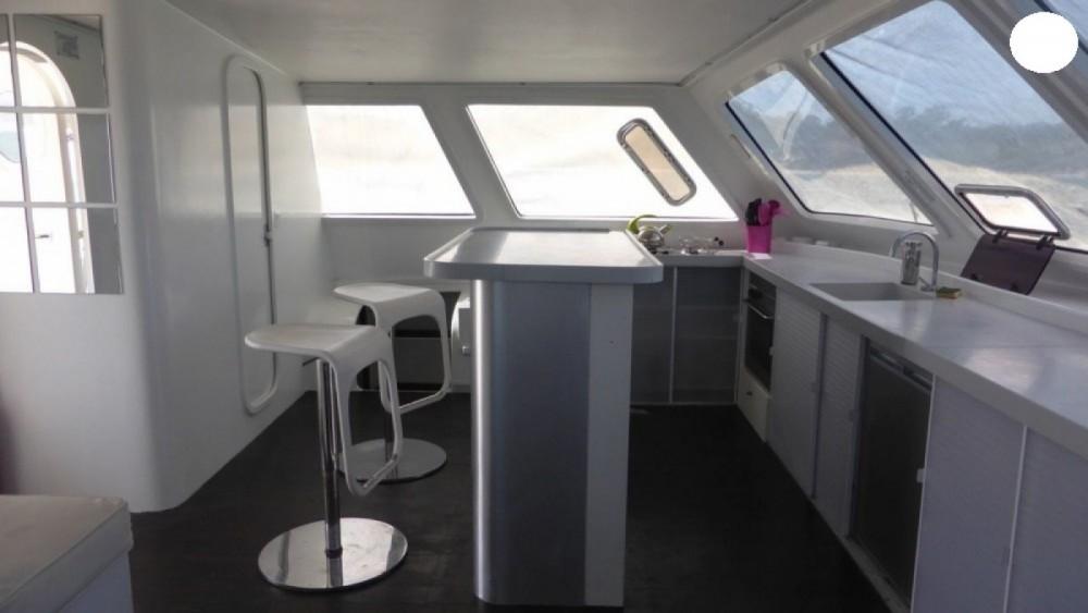 Catamaran Modèle unique te huur van particulier of professional in Cogolin