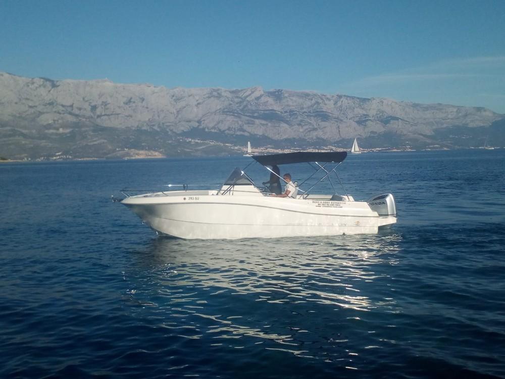 Jachthuur in Sumartin - Atlantic-Marine 750 open via SamBoat