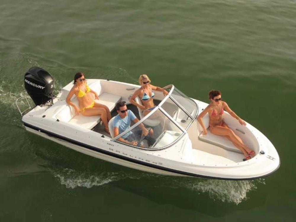 Huur Motorboot met of zonder schipper Bayliner in