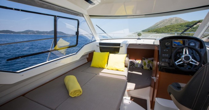 Bootverhuur Jeanneau Merry Fisher 795 in Sumartin via SamBoat