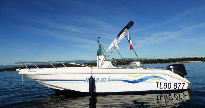 Jachthuur in Mandelieu-la-Napoule - MASSIMO SCAGNELLI MIAMI 18 SF via SamBoat