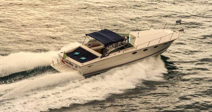 Verhuur Motorboot Tornado met vaarbewijs