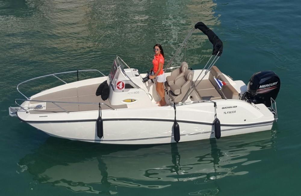 Huur Motorboot met of zonder schipper Quicksilver in Fréjus