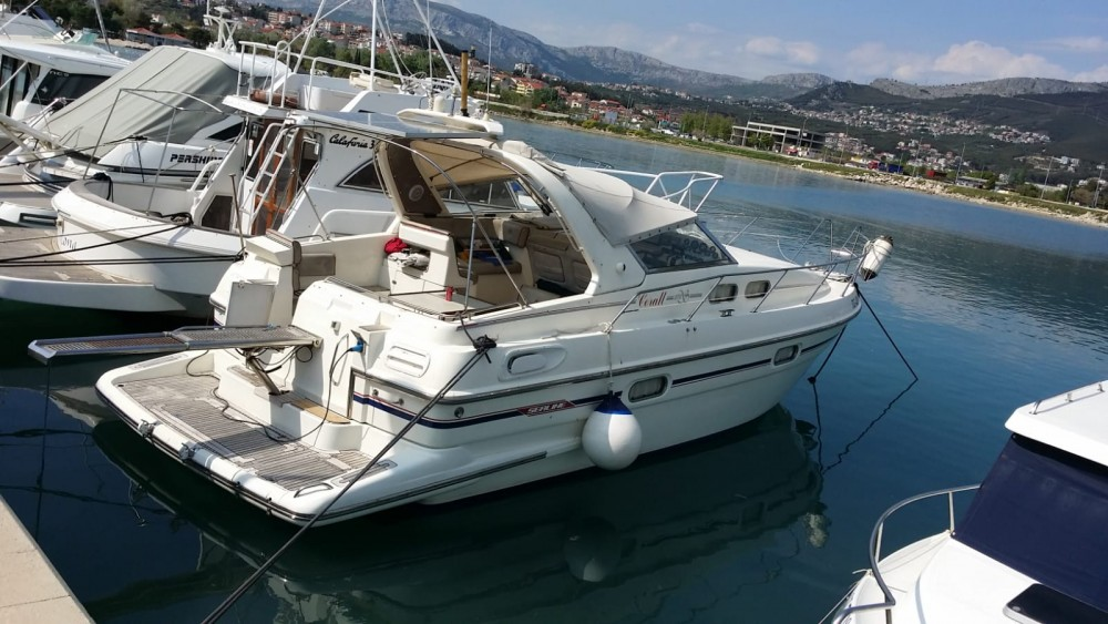 Bootverhuur Sealine sealine 328 open in Split via SamBoat