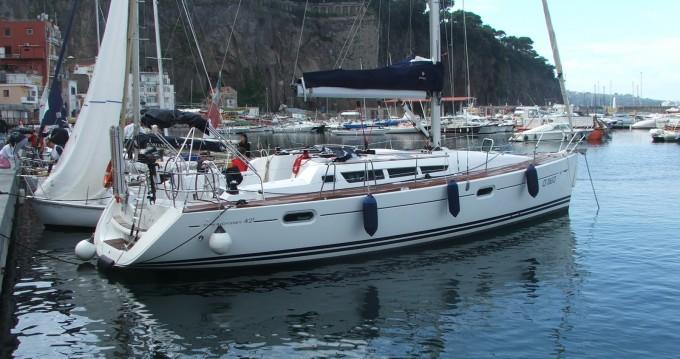 Jeanneau Sun Odyssey 42i te huur van particulier of professional in Castellammare di Stabia