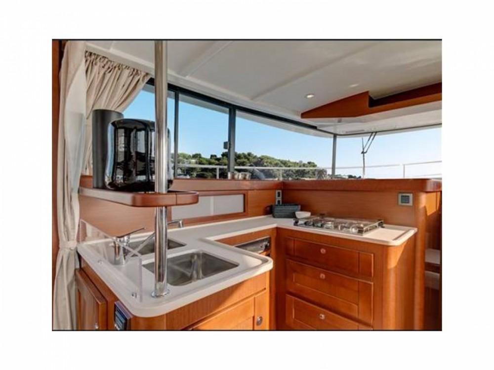 Bénéteau Swift Trawler 44 te huur van particulier of professional in Puntone di Scarlino