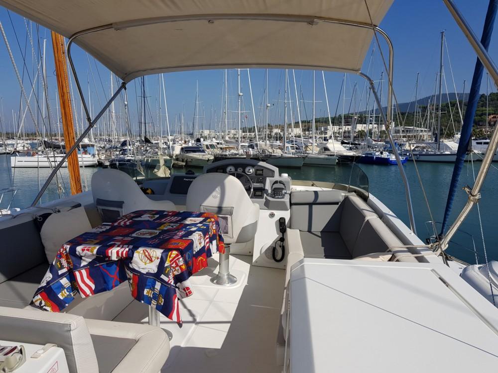 Huur Motorboot met of zonder schipper Bénéteau in Puntone di Scarlino