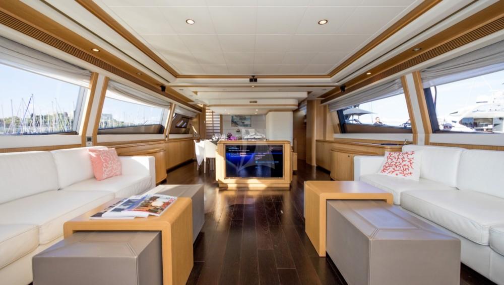 Verhuur Jacht in Antibes - Ferretti yacht