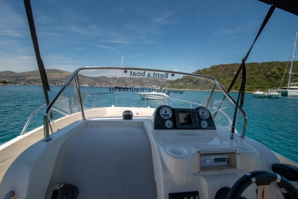 Jachthuur in Trogir - Quicksilver Quicksilver 675 Activ Open via SamBoat