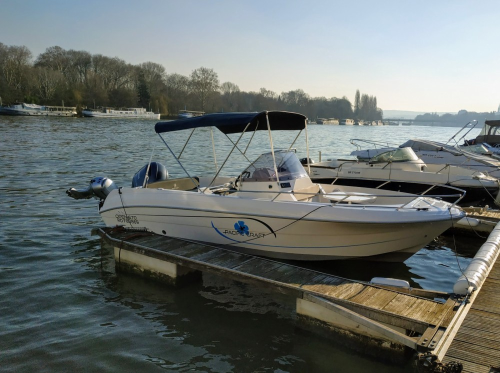 Verhuur Motorboot Pacific Craft met vaarbewijs