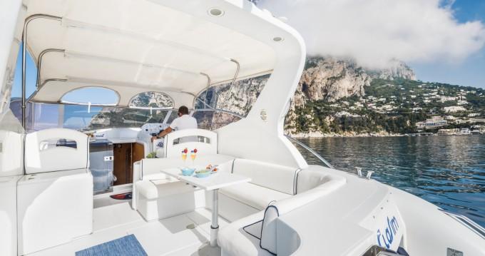 Huur een Raffaelli Shamal 40 in Capri