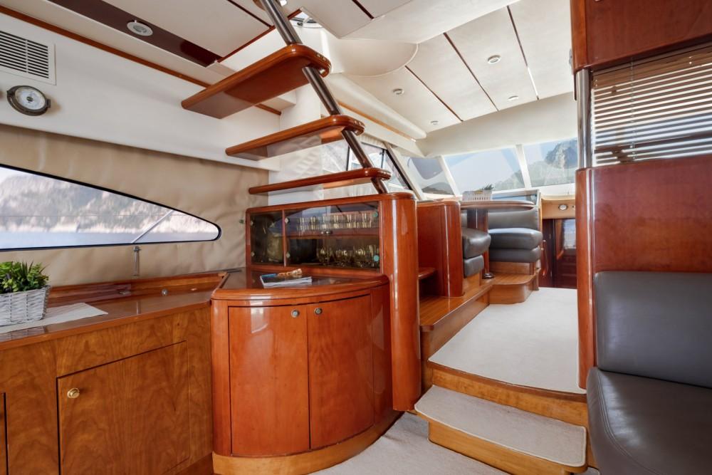 Fairline Squadron 60 te huur van particulier of professional in Positano