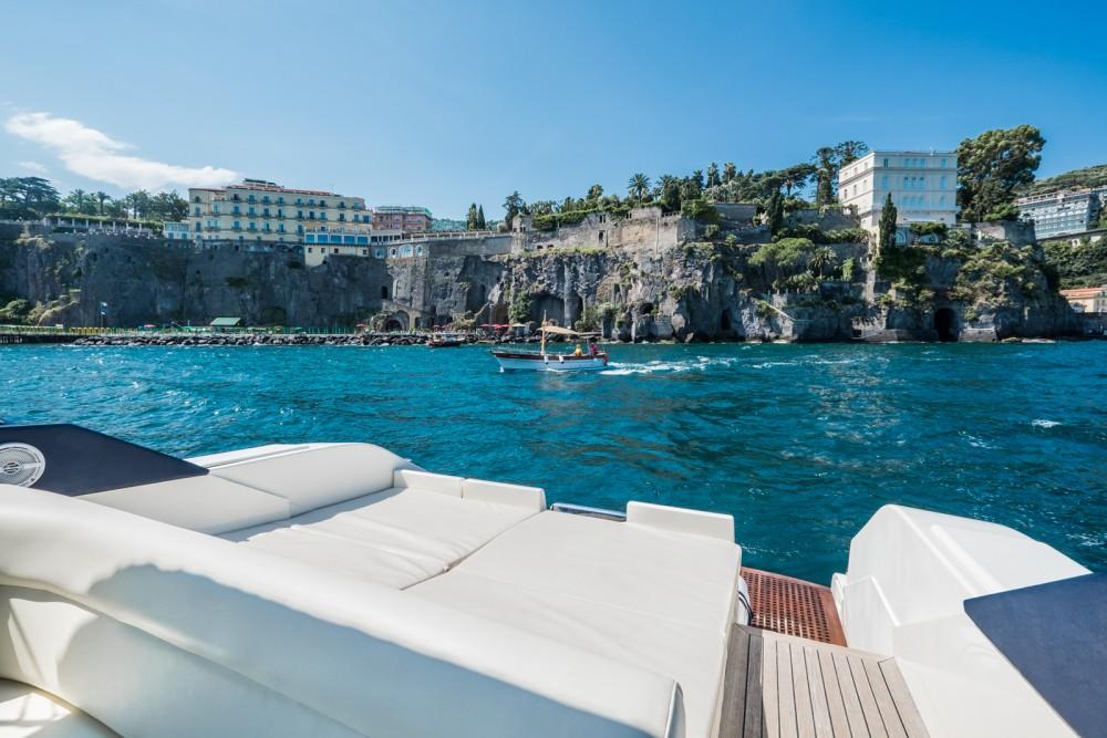 Huur Motorboot met of zonder schipper Conam in Sorrento