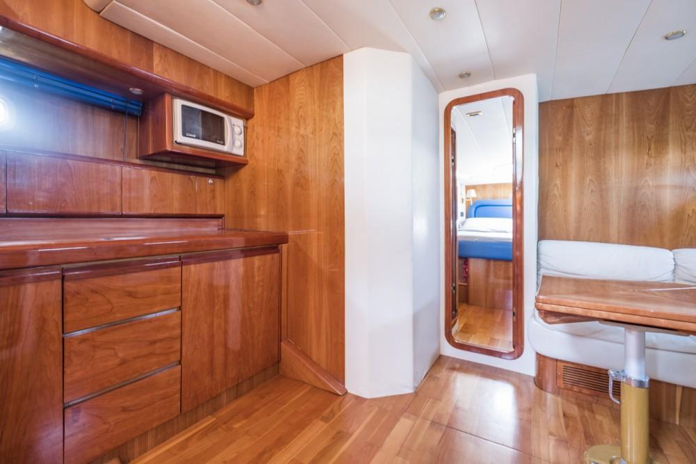Verhuur Motorboot Conam met vaarbewijs