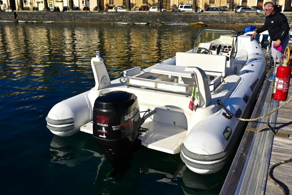 Huur Rubberboot met of zonder schipper Bsc in Milazzo