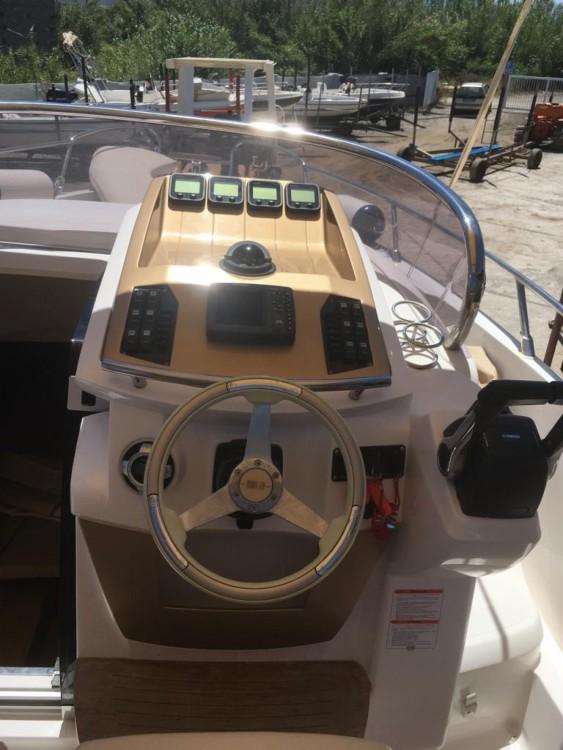 Huur Motorboot met of zonder schipper Sessa Marine in Milazzo