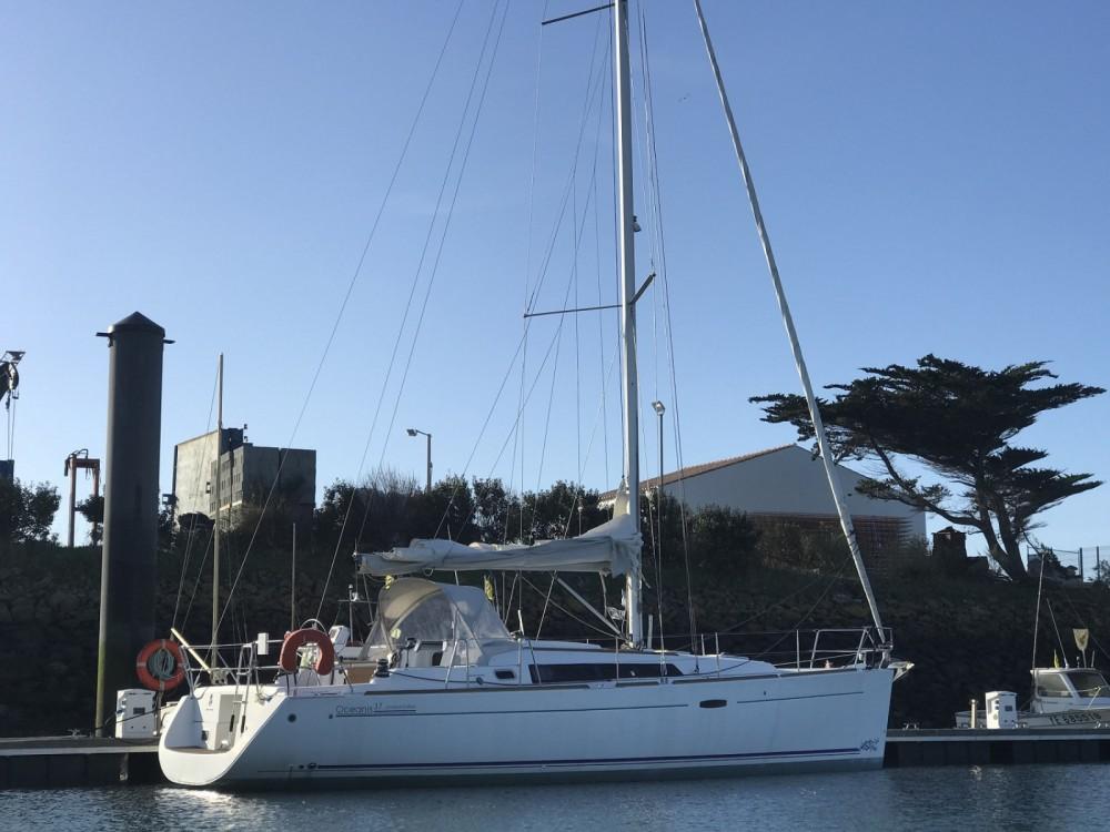Huur Zeilboot met of zonder schipper Bénéteau in Saint-Gilles-Croix-de-Vie