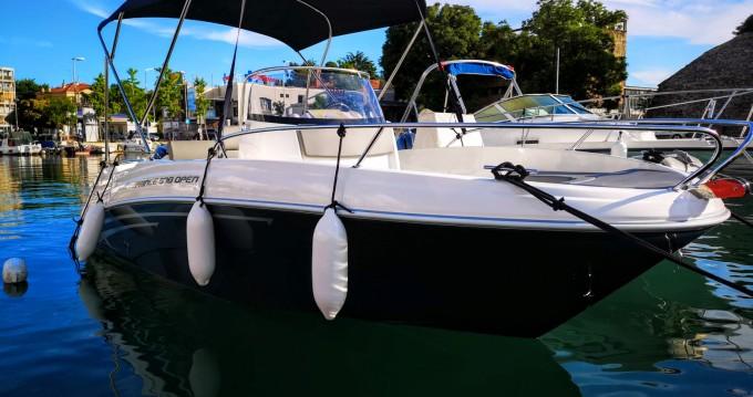 Motorboot te huur in Zadar voor de beste prijs
