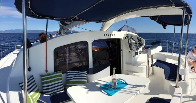 Verhuur Catamaran in Roses - Fountaine Pajot Lavezzi 40