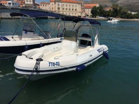 Huur Rubberboot met of zonder schipper Maestral in Trogir