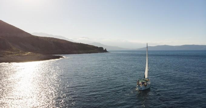 Huur Zeilboot met of zonder schipper Bénéteau in Rethimnon