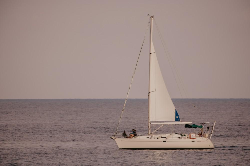 Bénéteau Oceanis 38.1 te huur van particulier of professional in Rethimnon