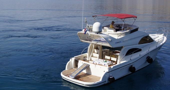 Motorboot te huur in Giovinazzo voor de beste prijs