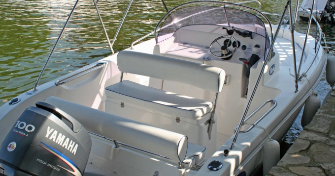 Verhuur Motorboot in Roses - Everset Everset 580 Open