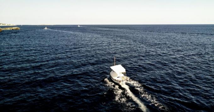 Verhuur Motorboot Capeador met vaarbewijs