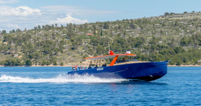 Verhuur Motorboot Colnago met vaarbewijs