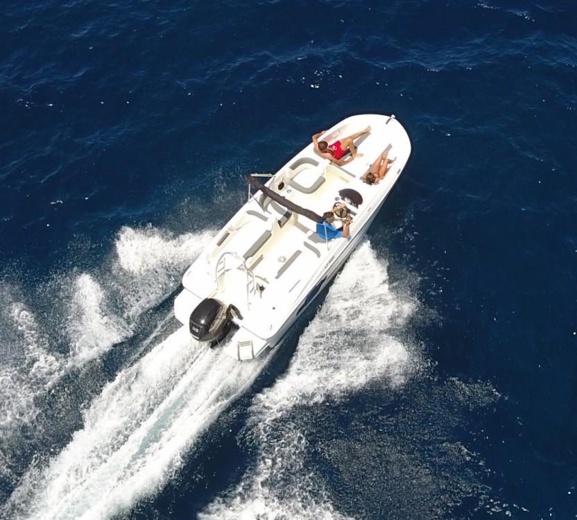 Bootverhuur Bayliner 1E6 in Ajaccio via SamBoat