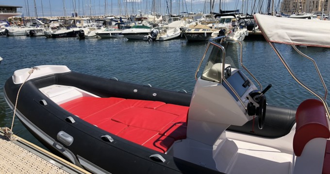 Italboats STINGHER 22 te huur van particulier of professional in Bormes-les-Mimosas