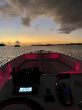 Verhuur Motorboot FDJ Marine met vaarbewijs