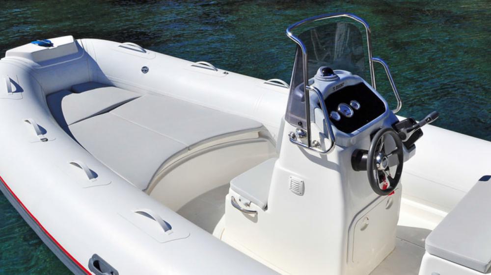 Rubberboot te huur in Ponza voor de beste prijs