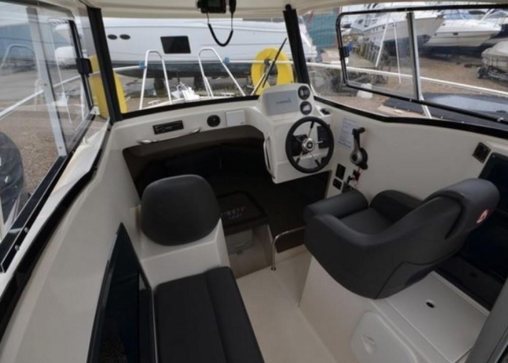 Huur Motorboot met of zonder schipper Parker in La Rochelle