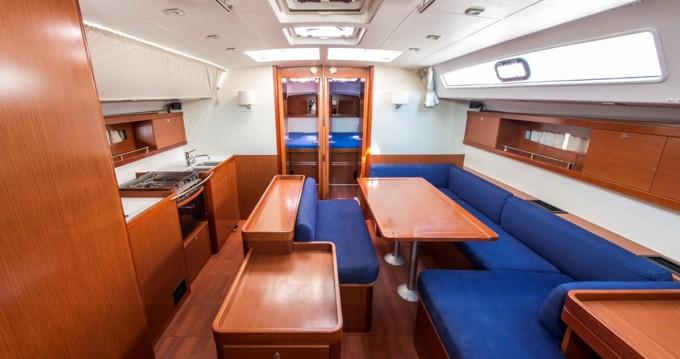 Bootverhuur Bénéteau Oceanis 50 Family in Lávrio via SamBoat