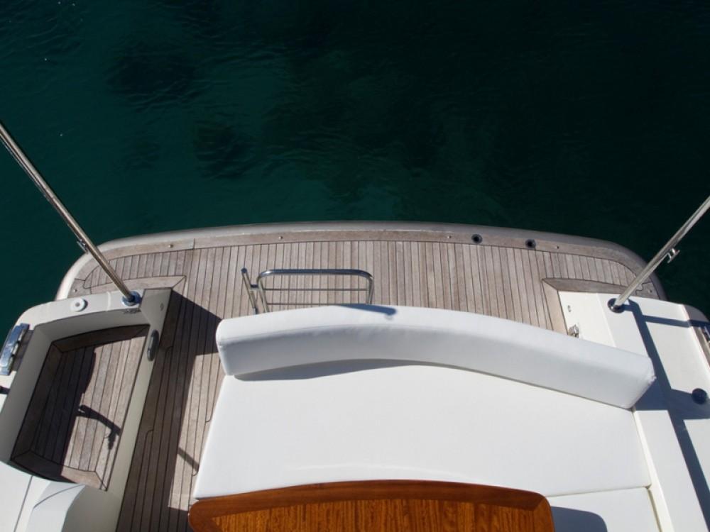 Verhuur Motorboot Cyrus met vaarbewijs