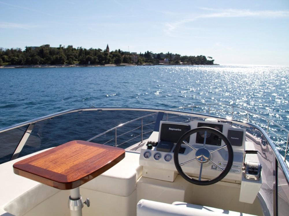 Jachthuur in Rovinj - Cyrus Cyrus 13.8 Flybridge via SamBoat