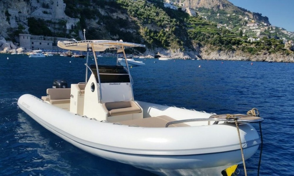 Bootverhuur Salerno goedkoop 870 D