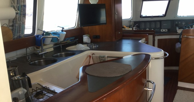 Huur Motorboot met of zonder schipper Fountaine Pajot in Saint-Cyprien