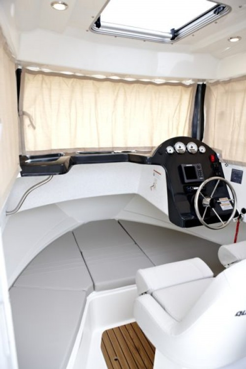 Huur een Quicksilver Activ 605 Pilothouse in Clohars-Carnoët