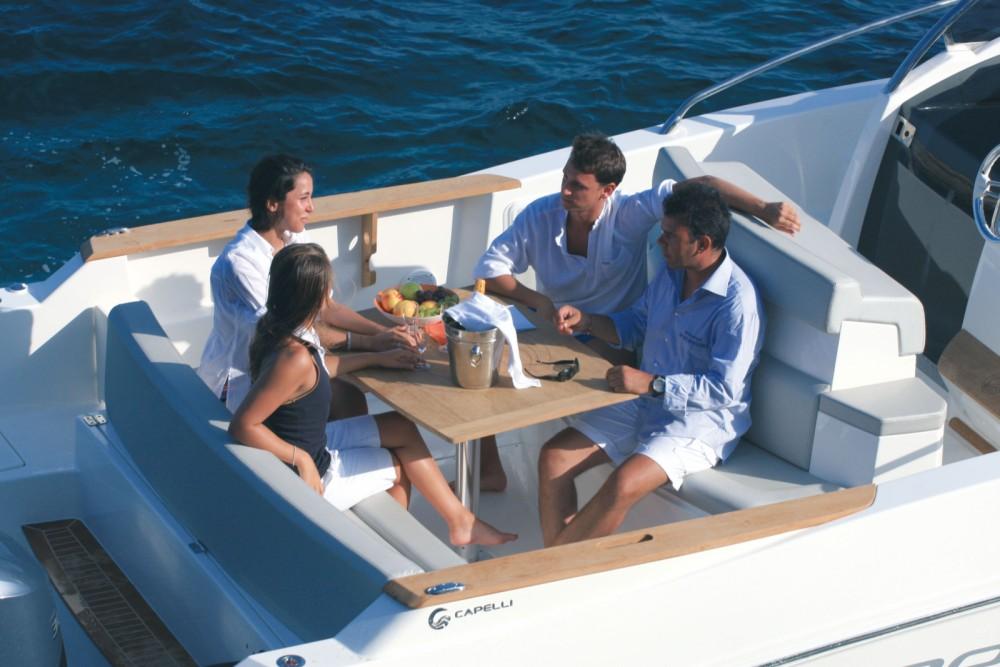 Verhuur Motorboot in Eivissa - Capelli Cap 32 WA