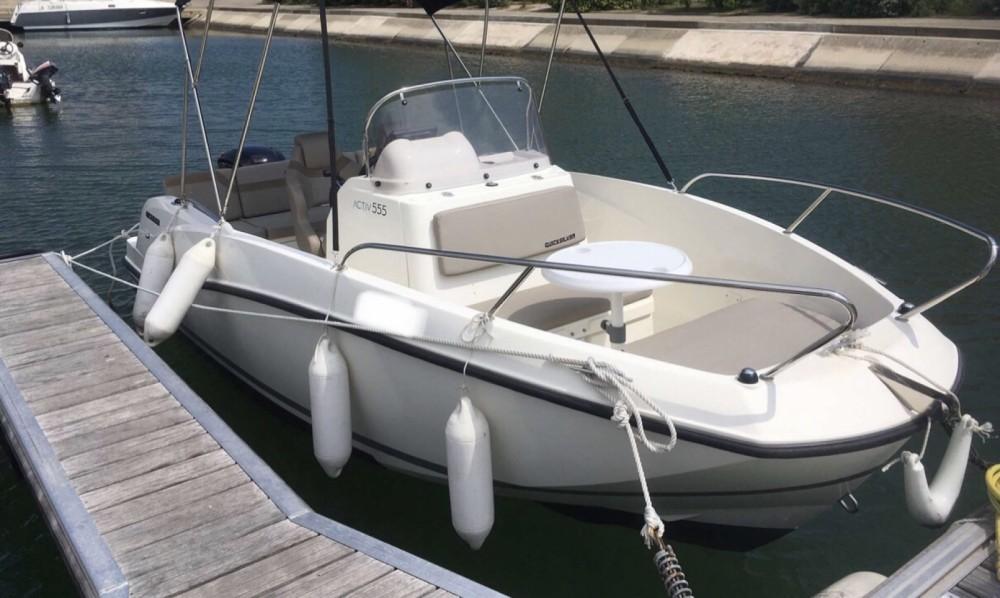 Huur Motorboot met of zonder schipper Quicksilver in Le Grau-du-Roi